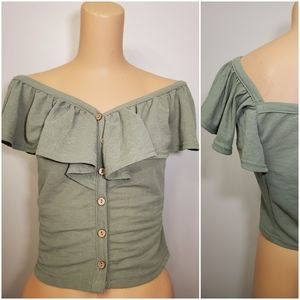 NWOT Roommates Olive Green Ruffle Button Crop Top